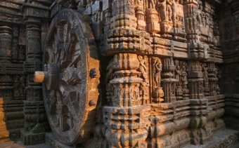 KIEMEL iNDIA Angkor Tours