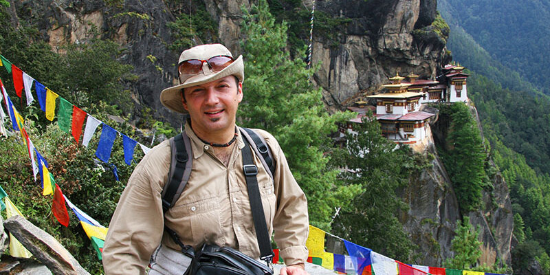 Ács László Angkor Tours Bhután