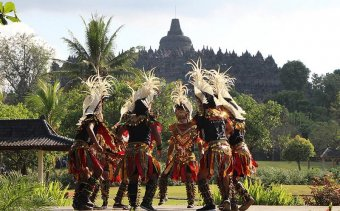 Angkor Tours, Indonézia (24)