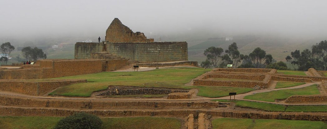 Angkor Tours Ecuador romok